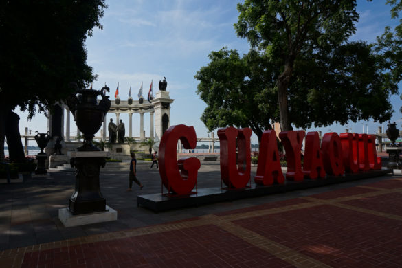 mancora to guayaquil travel tips